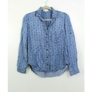 Cloth & Stone Blue Chambray V Neck Button Down
